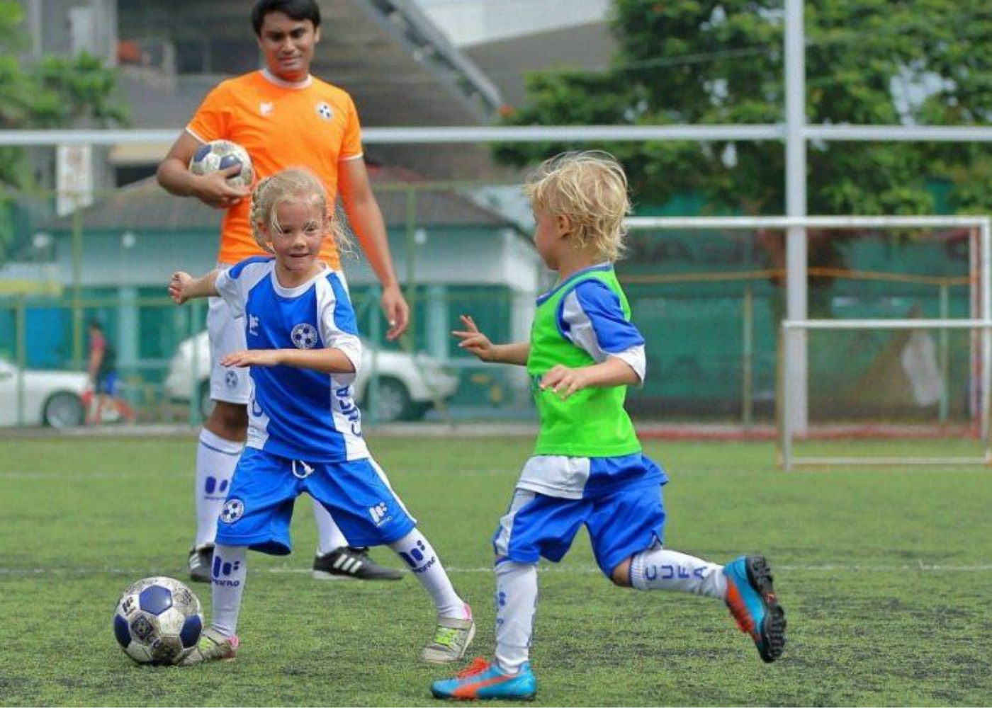 things-to-do-with-kids-this-weekend-singapore-football-class