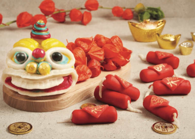 Chinese New Year 2021 takeaways in Singapore: Host your reunion dinner at home with the family!