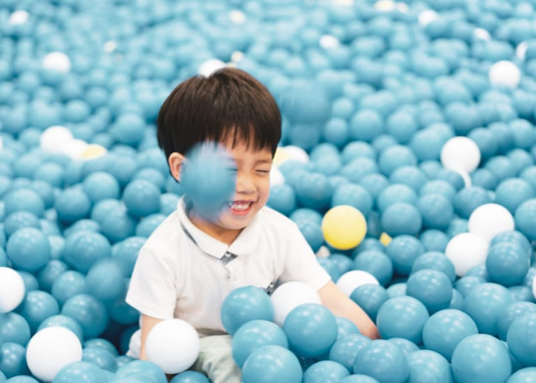Indoor play centres in Singapore: playgrounds kids of all ages will love!
